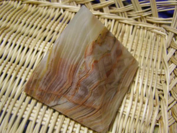 Aragonit Pyramída 9,5 cm