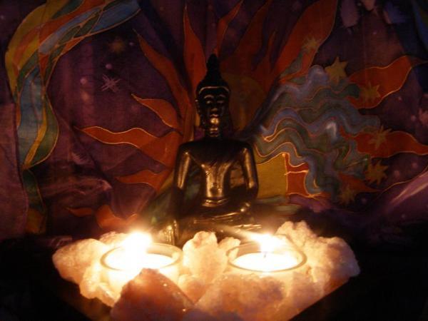 Buddha,  hodváb, soľ