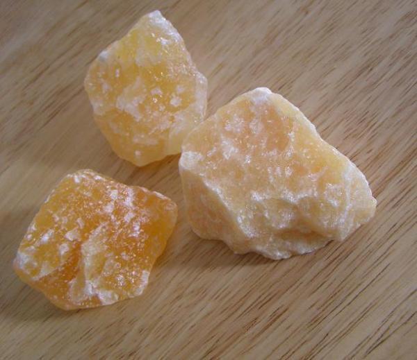 Kalcit suroviny