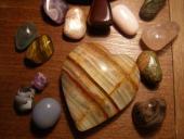Kamene tromlované rôzne + masážne srdce aragonit