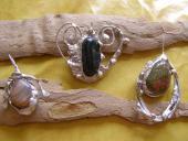 Cínované šperky  :mesačný kameň, heliotrop, unakit