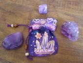 Vrecúško fialové